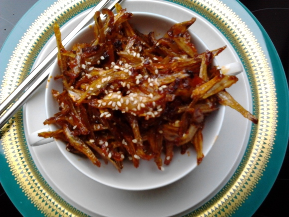 Korean Fried Anchovies (Myulchi Bokkeum)